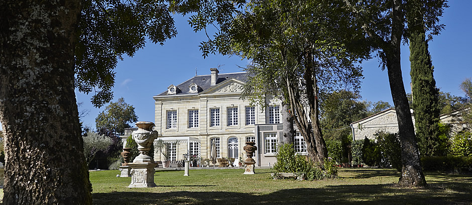 The Bordeaux Grand Cru Tour: Stay at our Chateau and taste all 5 Bordeaux First Growths: Margaux, Mouton Rothschild, Lafite, Latour and Haut Brion, as well as Yquem