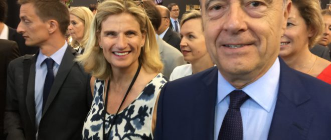 Margaret with Bordeaux Mayor Alain Juppé at the official opening of Vinexpo