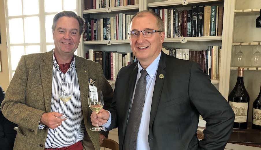 Ronald Rens tasting the Haut Brion 2018wines
