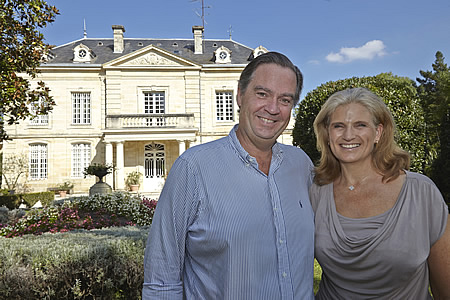 Ronald and Margaret love to welcome you at their Bordeaux chateau