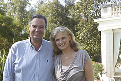 Margaret and Ronald love to welcome you on their Bordeaux Wine Tours